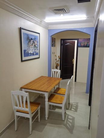 furnished-couples-rooms-available-in-bur-dubai-big-2