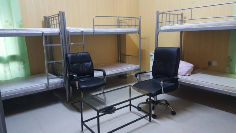 executive-bed-spaces-available-for-male-female-in-bur-dubai-big-2