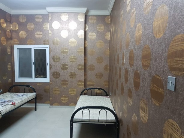rooms-for-bachelors-staff-accommodation-in-cheap-price-in-bur-dubai-big-0
