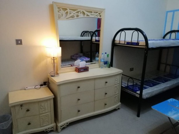 rooms-for-bachelors-staff-accommodation-in-cheap-price-in-bur-dubai-big-2