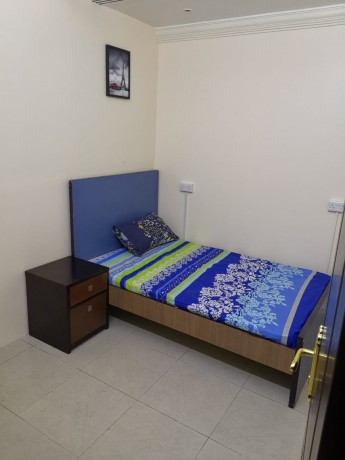 couples-rooms-with-attach-washroom-in-bur-dubai-at-2000-inclusive-all-cac-privacy-big-3